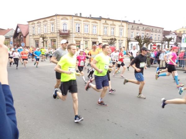 Dzień Otwarty Zespołu Szkół  i maraton biegowy w Janowcu Wlkp.
